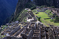 上、下:マチュピチュ遺跡