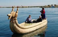 チチカカ湖のトトラのボート