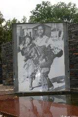 1976年6月16日記念碑(ヨハネスブルグ/ソウェト)