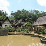 カミとホトケの曲がり角 ~インドネシア・ジャワ島横断450kmの旅~