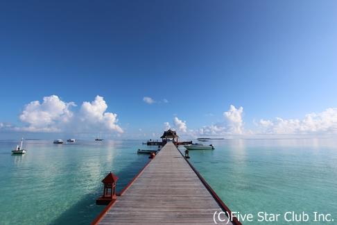 美しい青に包まれる休日 inモルディブ