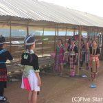ラオス北部の少数民族に「サバイディー(こんにちは)」