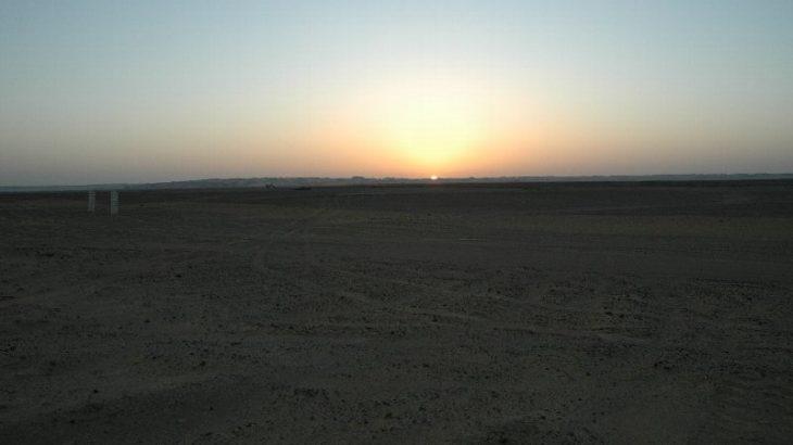 キャンプをするならエジプト白砂漠へ