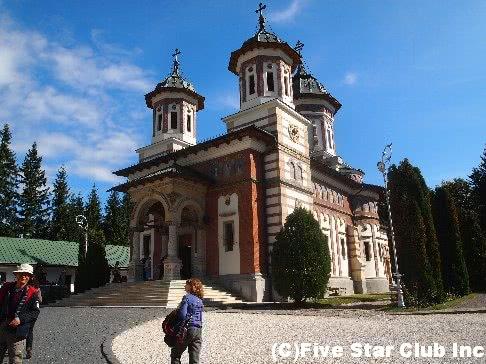 素朴なルーマニアと優美のハンガリーへの旅