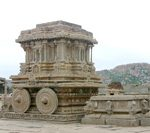 インドの隠れた世界遺産-ハンピへ