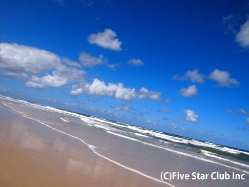 世界遺産:世界最大の砂の島フレーザー島の旅