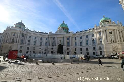 自由気ままに列車とバスでプラハからウィーンへ