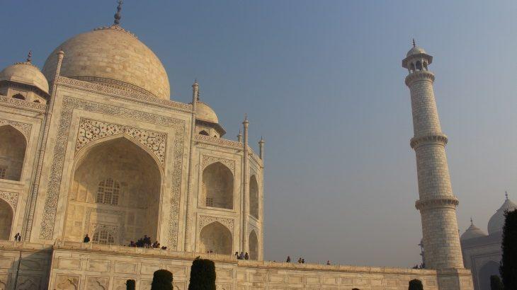 インド入門!デリー・アグラ・ジャイプール・ベナレス4都市を車・列車・飛行機で回る、インドを知る旅。