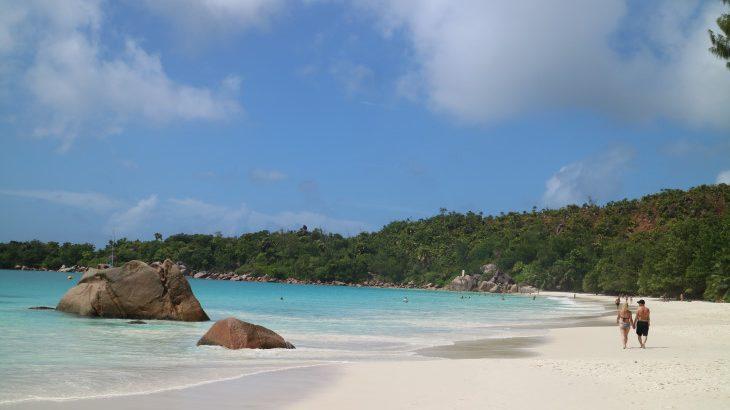 そこにあるのは『白砂ビーチ』と『ココ・ド・メール』だけ・・・インド洋の楽園セイシェル